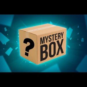 $25 Mystery box 5-7 Baby blankets
